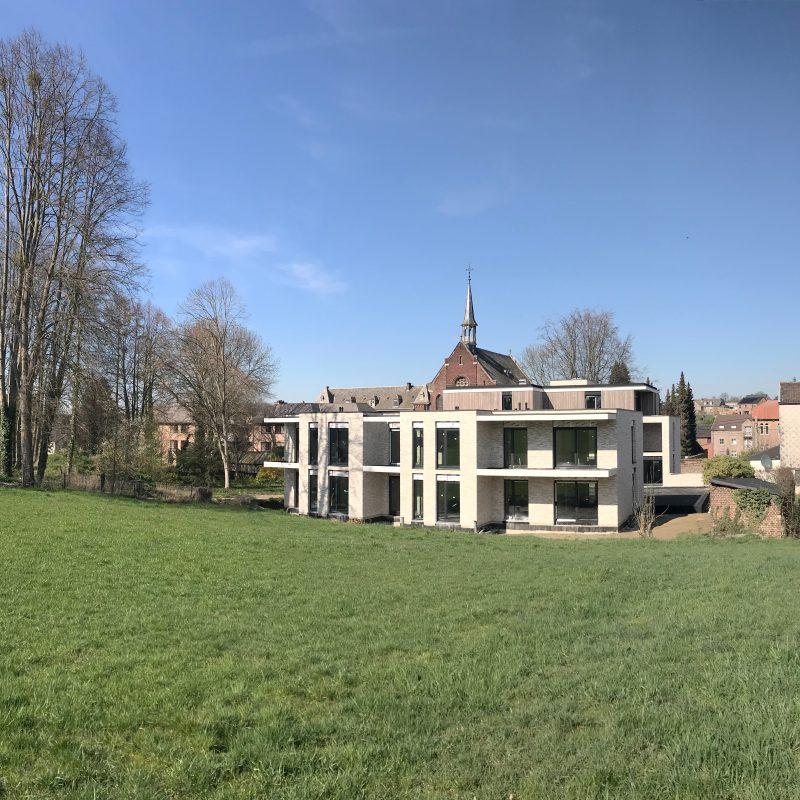 Residentie Tienhof, Voeren